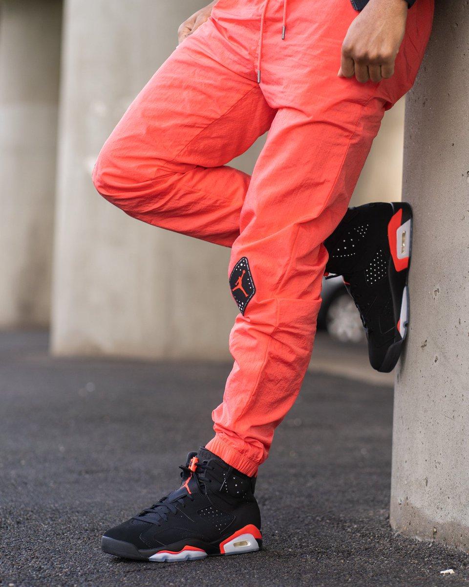 7e514349438 ... $40 BV5407-010 Air Jordan 6 Retro Legacy Jacket Men's (M-3XL) $125  BV5405-010 #jordan #jordans #airjordan #aj6 #apparel  #gbnypic.twitter.com/018NXb8le1