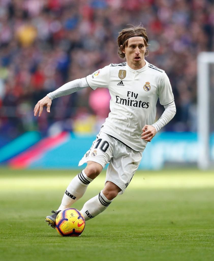 Madrid is white. ⚪️💪 #Derby