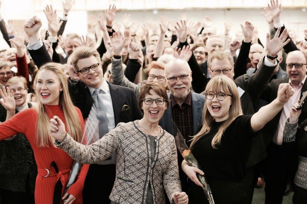 test Twitter Media - Kristillisdemokraatit nimesi ensimmäiset viisi #EU-vaaliehdokasta!   Näistä kolme on nuoria ehdokkaitamme: @RantaElsi, @jasminpoyri & @MMLeskinen.   Onneksi olkoon! 🎉  #kdnuoret #eurovaalit2019 https://t.co/qycMG1m9UA