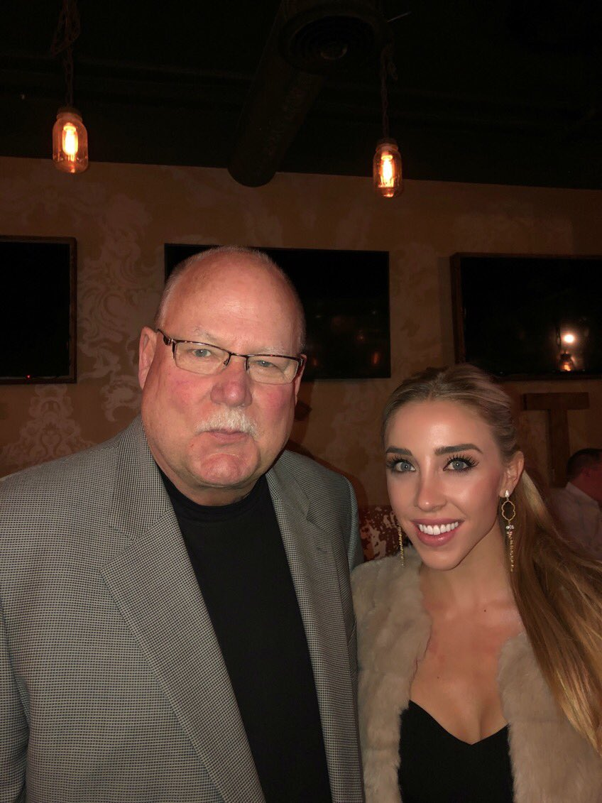 Awesome night with @WestwoodOne @westwood1sports to kick off #SuperBowl53 weekend! Great to see Coach Holmgren too!