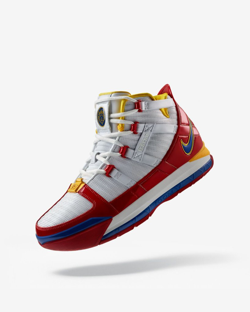 4fbcfb8dca32 up up and away nike zoom lebron 3 superbron available now select stores and  online