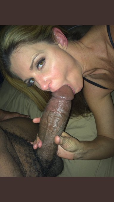 Showing her cuck hubby how its done https://t.co/i1gpEjxlhy