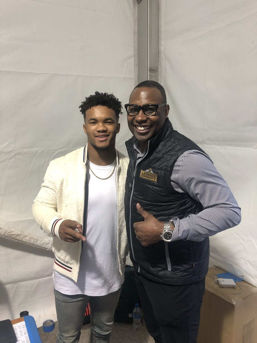 When  nfllegends meets the future of the  NFL I can t wait to cb6a45cd1