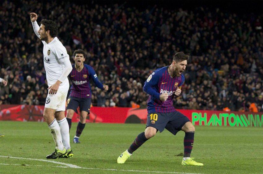 ميسي ينقذ برشلونة من الهزيمة أمام فالنسيا 26