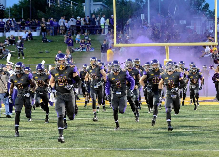Blessed to receive my first offer from University at Albany! #purplefam🐶