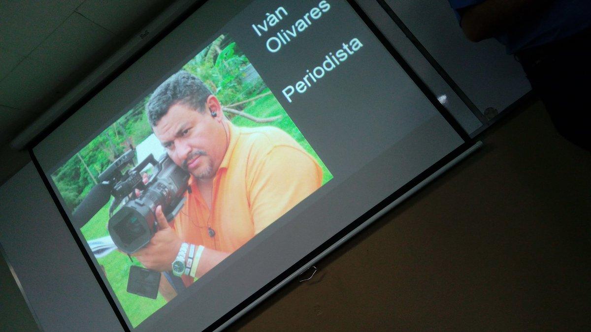 Compartiendo experiencias, en #Redaccion, en la #UTEC en clase con @KrhisnaRetana