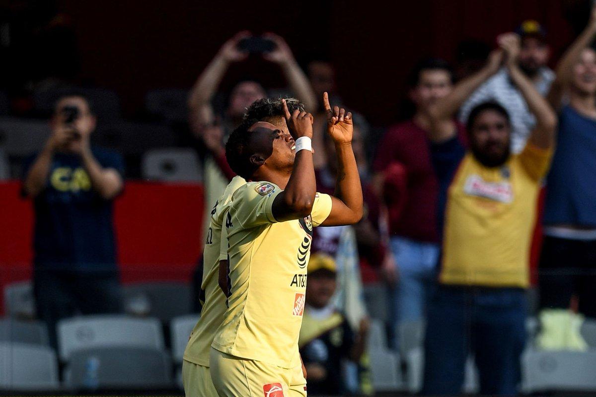 Con goles del ecuatoriano renato ibarra y del colombiano roger ...