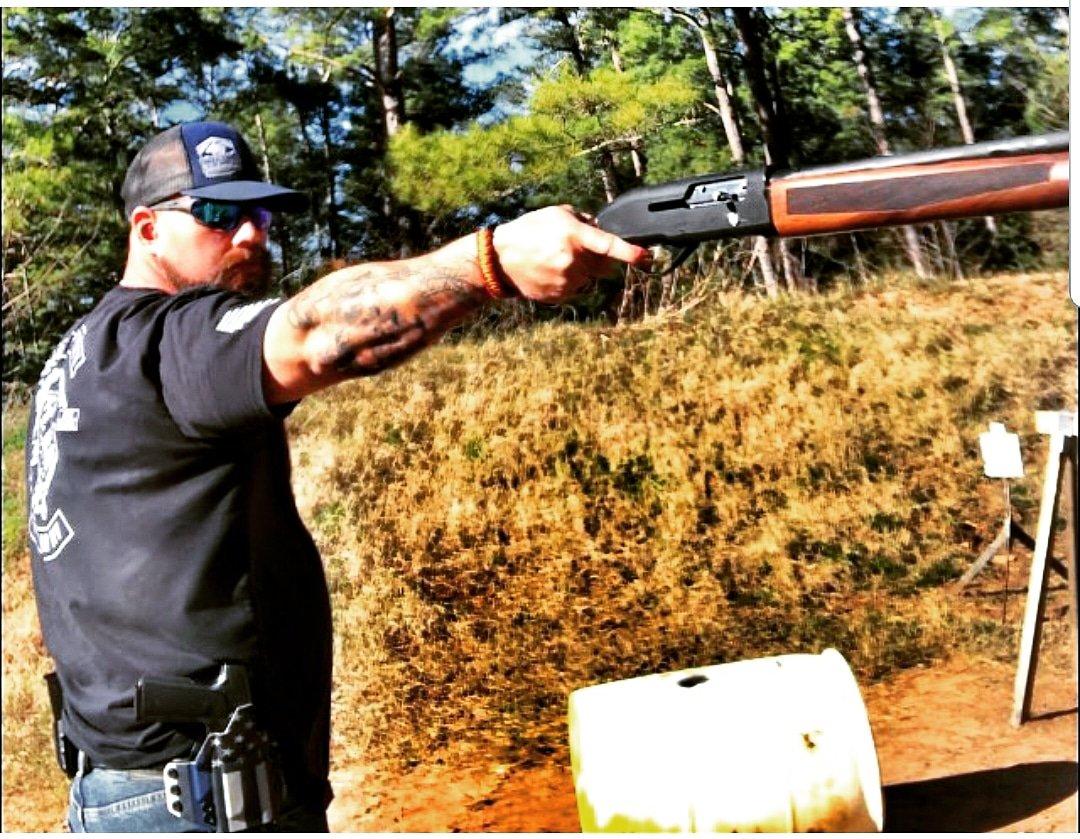 Single arm wield  http://www blackacestactical com #mossberg