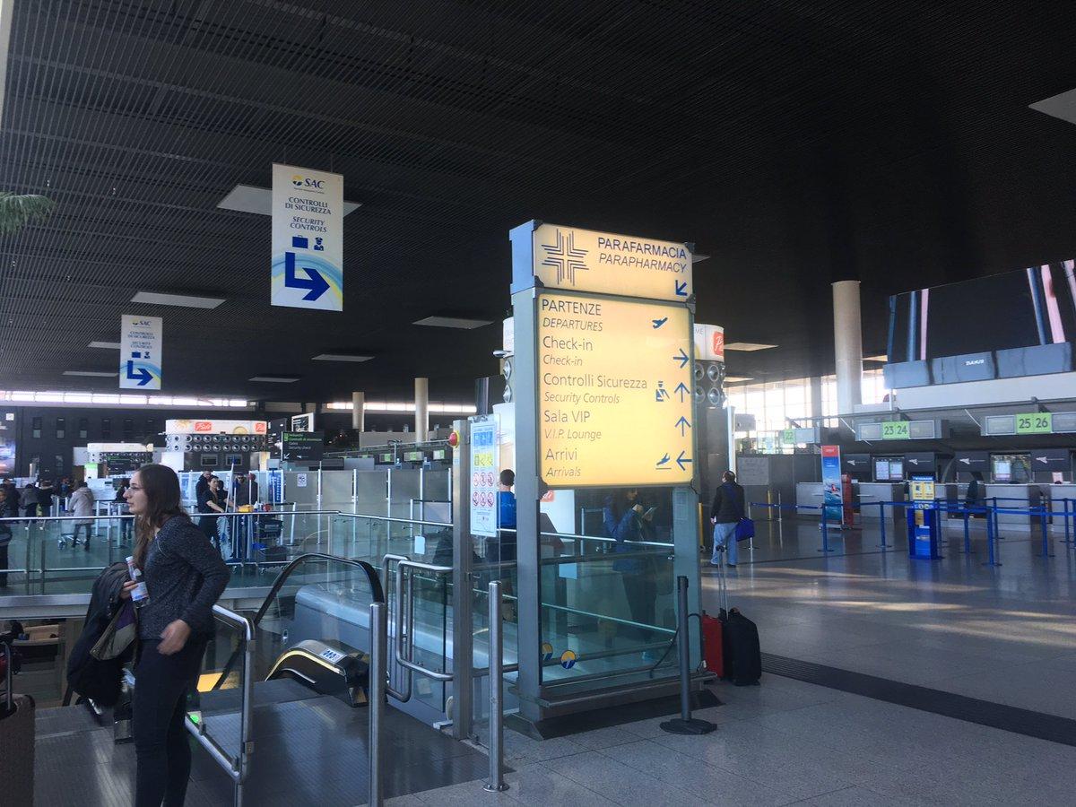 Il più grande aeroporto del centro sud Italia!!!!!!!! @Aeroporto Fontanarossa Catania!!!!!!! #bestpianomusic #pianoislife #carmelopadellaro #pianobar #eventmusic #mustpiano #pianomoments #grandpiano #bestpianomusic #pianoseconds #pianohour #pianovibes #pianohumans #catania