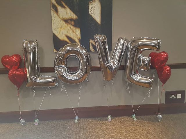 Need to tell someone you #love them this #valentinesday? See our range of #valentinesdayballoons @partytogo1 http://www.parytogo.co.uk http://bit.ly/2DT16ZP