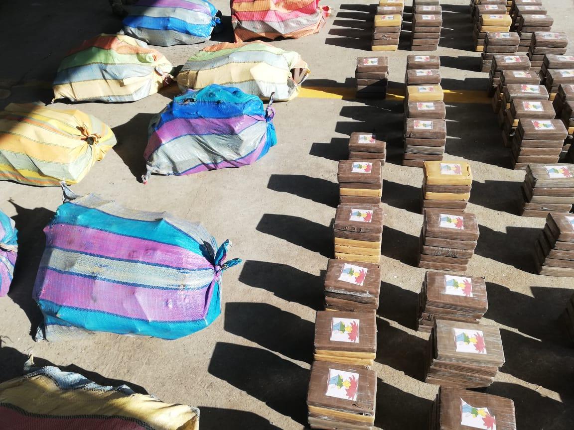 #RadioPanama Incautan lancha con droga oculta en el Litoral Caribe | Actualidad | Radio Panamá  https://t.co/LBGSWmCinh