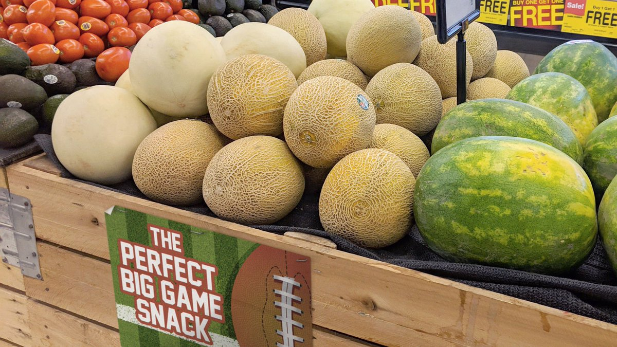 The Onion On Twitter Grocery Store Not Fooling Anybody By Marketing Cantaloupe As Fun Super Bowl Snack Https T Co Jfwbffcysl Socialblade is a premiere twitter community where you can chat with other twitter users. super bowl snack