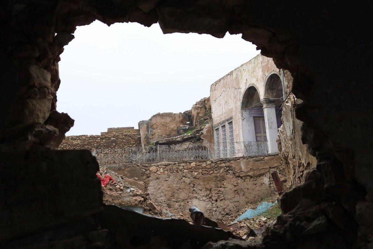 منذ 18 شهرا وفي رعب مستطير شهد العالم تدمير مدينة #الموصل.  لكن الموصل، أم الربيعين، لم تلفظ بعدُ أنفاسها الأخيرة بفضل كفاح وإصرار أبنائها... ولكن لا يزال الطريق طويلًا.