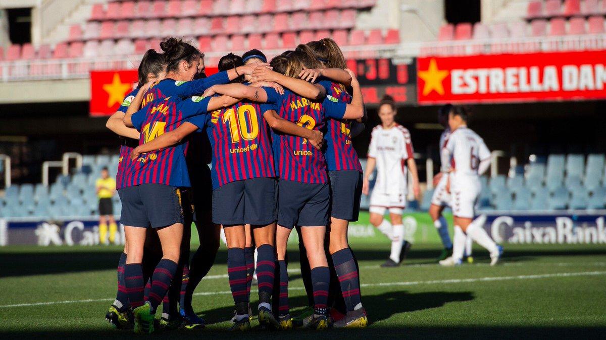 Las jugadoras del Barcelona celebran uno de los goles (@FCBFemení).