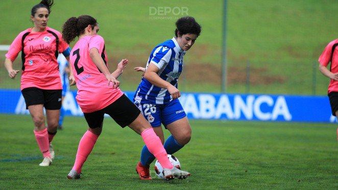 Lance del juego en el partido del Dépor Femenino y el Atlético Arousana (Foto: RCD).