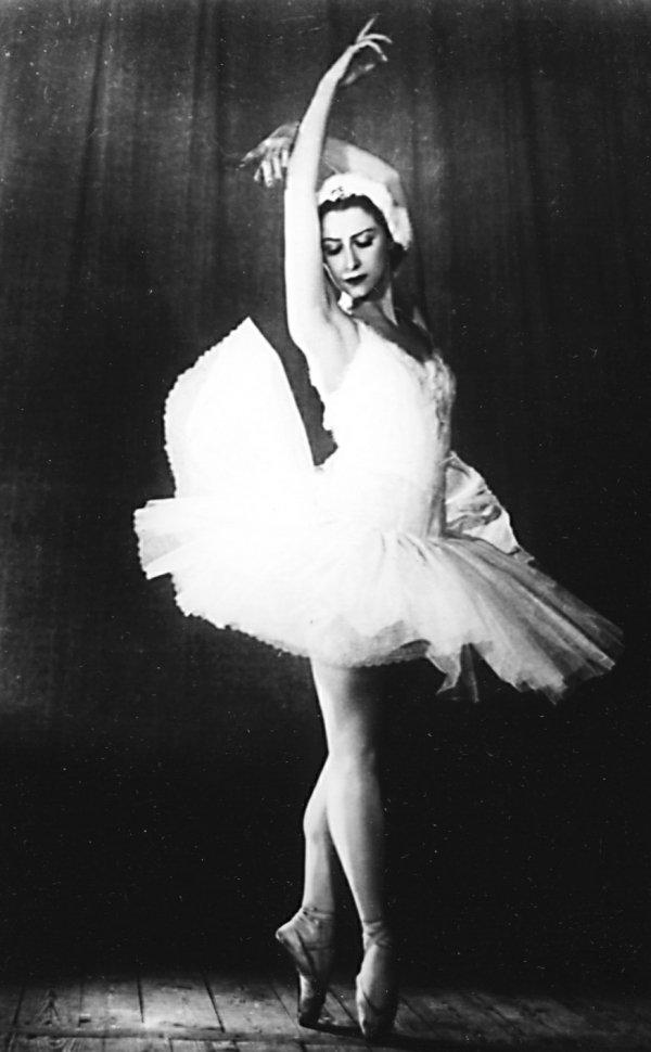 Балерина галина уланова фото