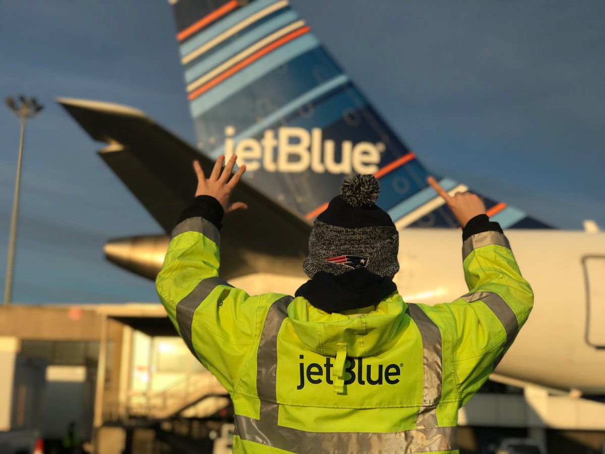 Jetblue Airways On Twitter Championship Trophy 21 Inches Jetblue