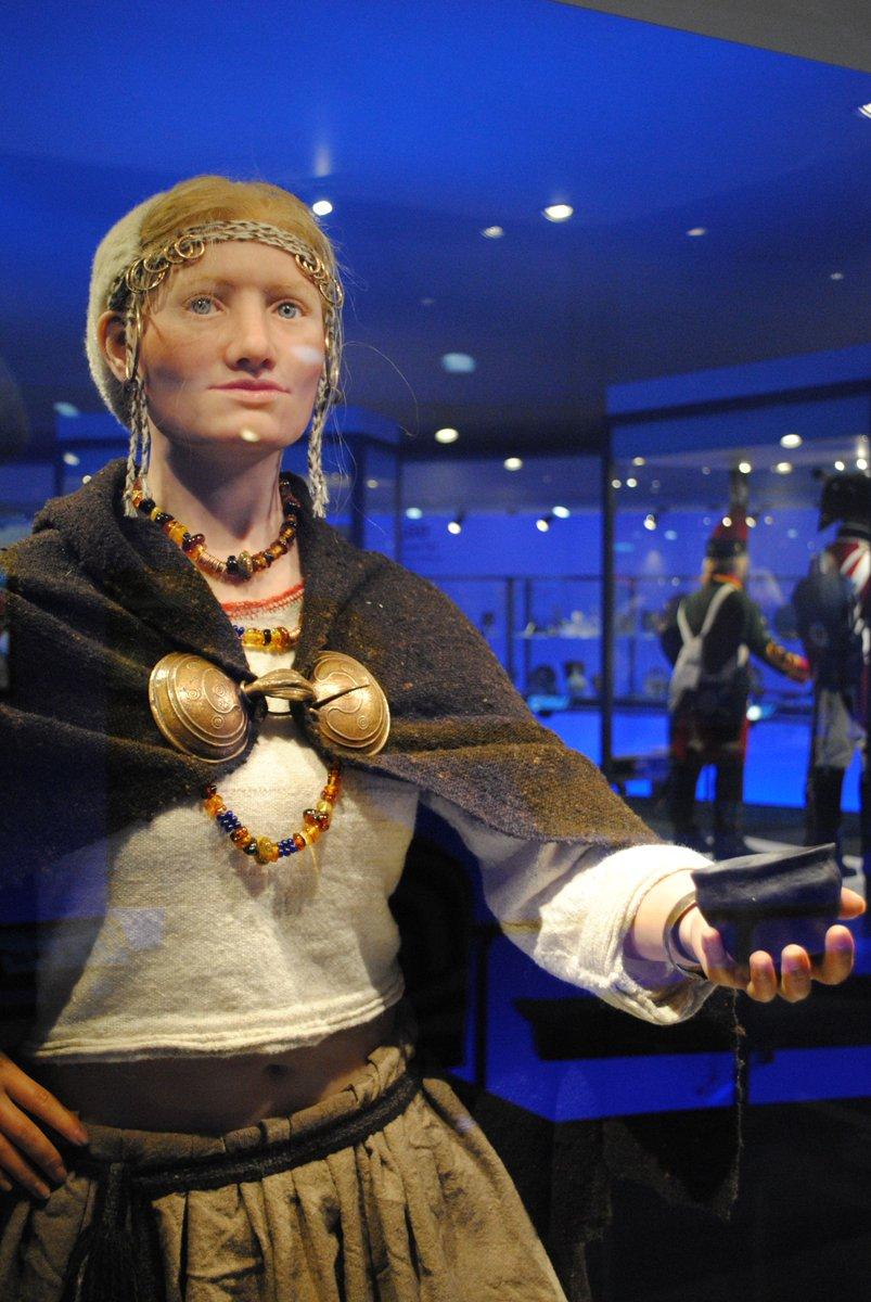 Op zoek naar lookalike van bronstijdmeisje Julia