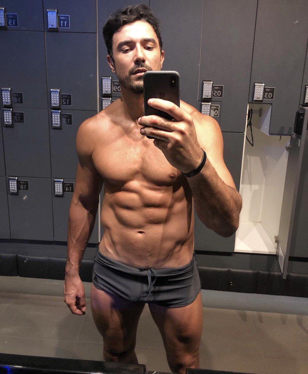 Male celebrity fake nude