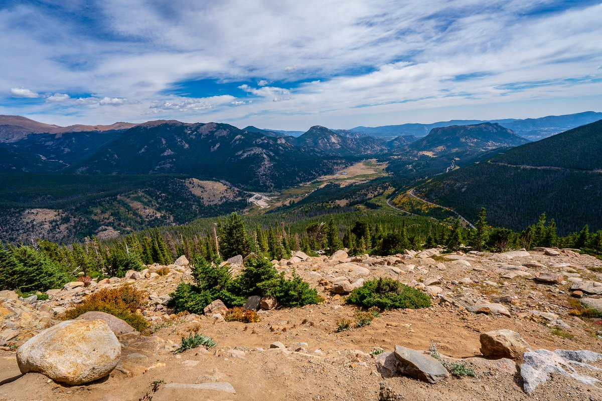 At 11,000 ft #RockyMountainNationalPark looking out to peaks ranging over 13,000 ft #photooftheday #travelphotography #travel #travelphotos #tourism #travelgram #trover #picoftheday #instatravel #traveling #mytravelgram #travelingram #traveler #SonyAlpha #NationalParks #Colorado