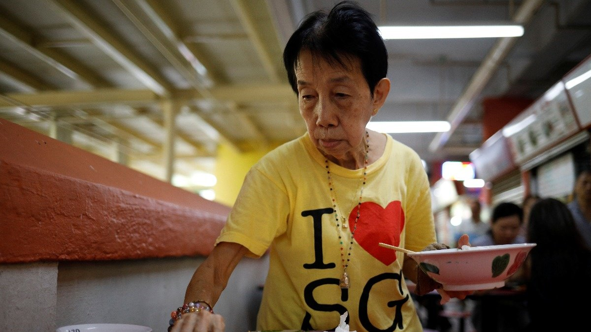 In an ageing Singapore, some elderly people head back to work https://t.co/YQuKZf2zu4 via the @ReutersTV ICYMI playlist