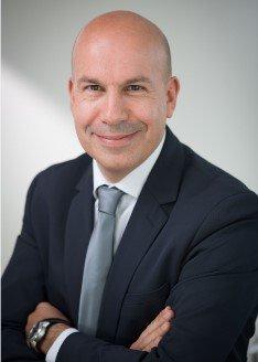 Nous sommes heureux d'annoncer la nomination de Pierre-Alexandre Mouret, au poste de directeur des opérations et de la stratégie de PharmaVie. @leQPH_fr https://t.co/orGTk0URe3 https://t.co/HpCOzpOieY