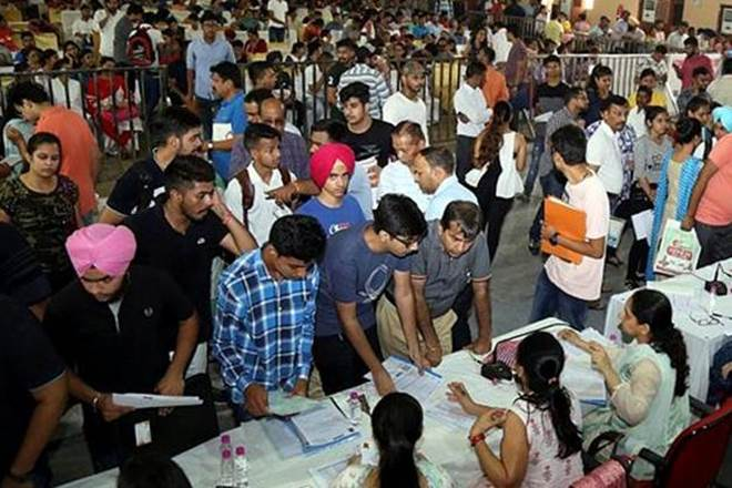 #Maharashtra government to give 10 percent quota to #EWS in #jobs, #education https://t.co/YwWjt0gVf7