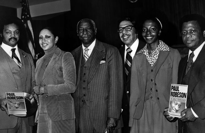 Black History Makers Born During Black History Month: Feb. 4 [PHOTO] --- https://t.co/lY0fAsK3qV
