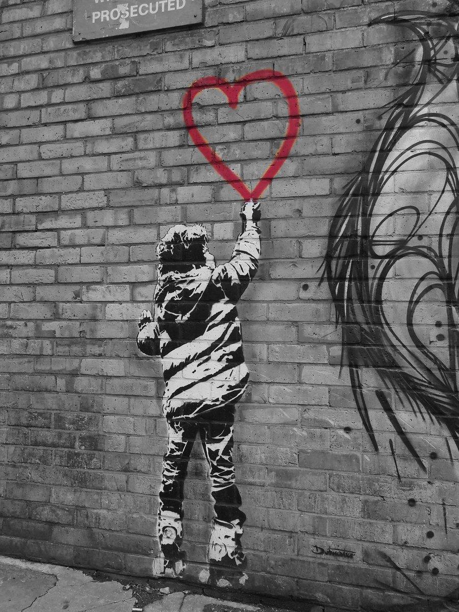 Graffiti in candem. #photography #photo #photoftheday #graffiti #london #candemtown