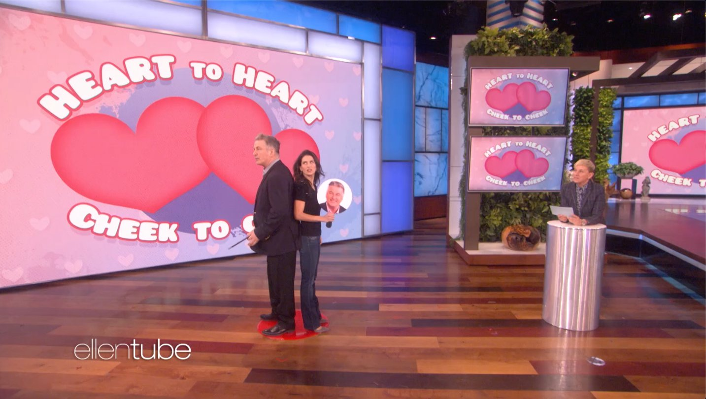 .@AlecBaldwin and his wife @HilariaBaldwin are, well, hilarious together. https://t.co/ndzLGlMysS