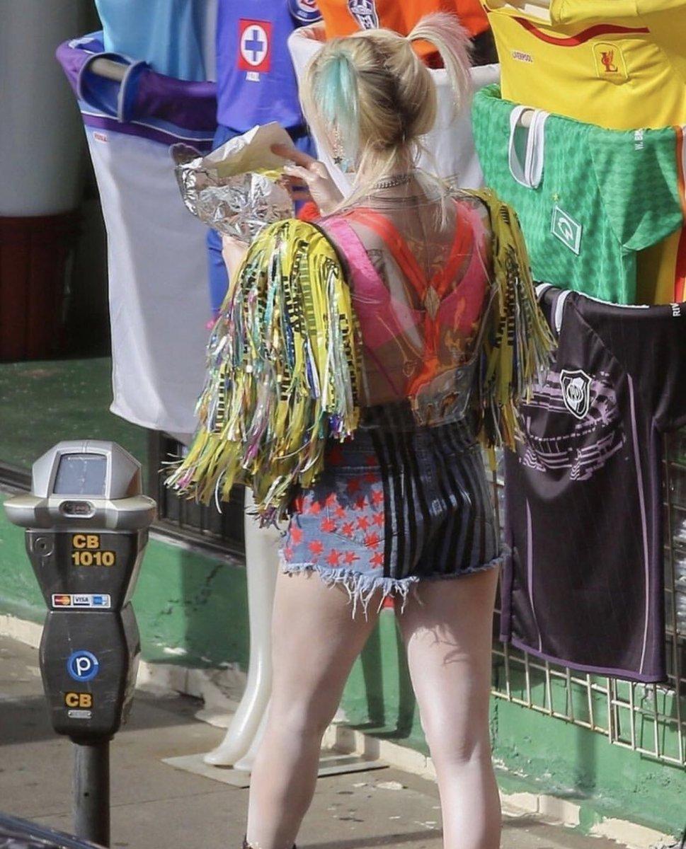 Y que aparece el jersey de #CruzAzul en las imágenes de filmación con #HarleyQuinn en #BirdsOfPrey  😎