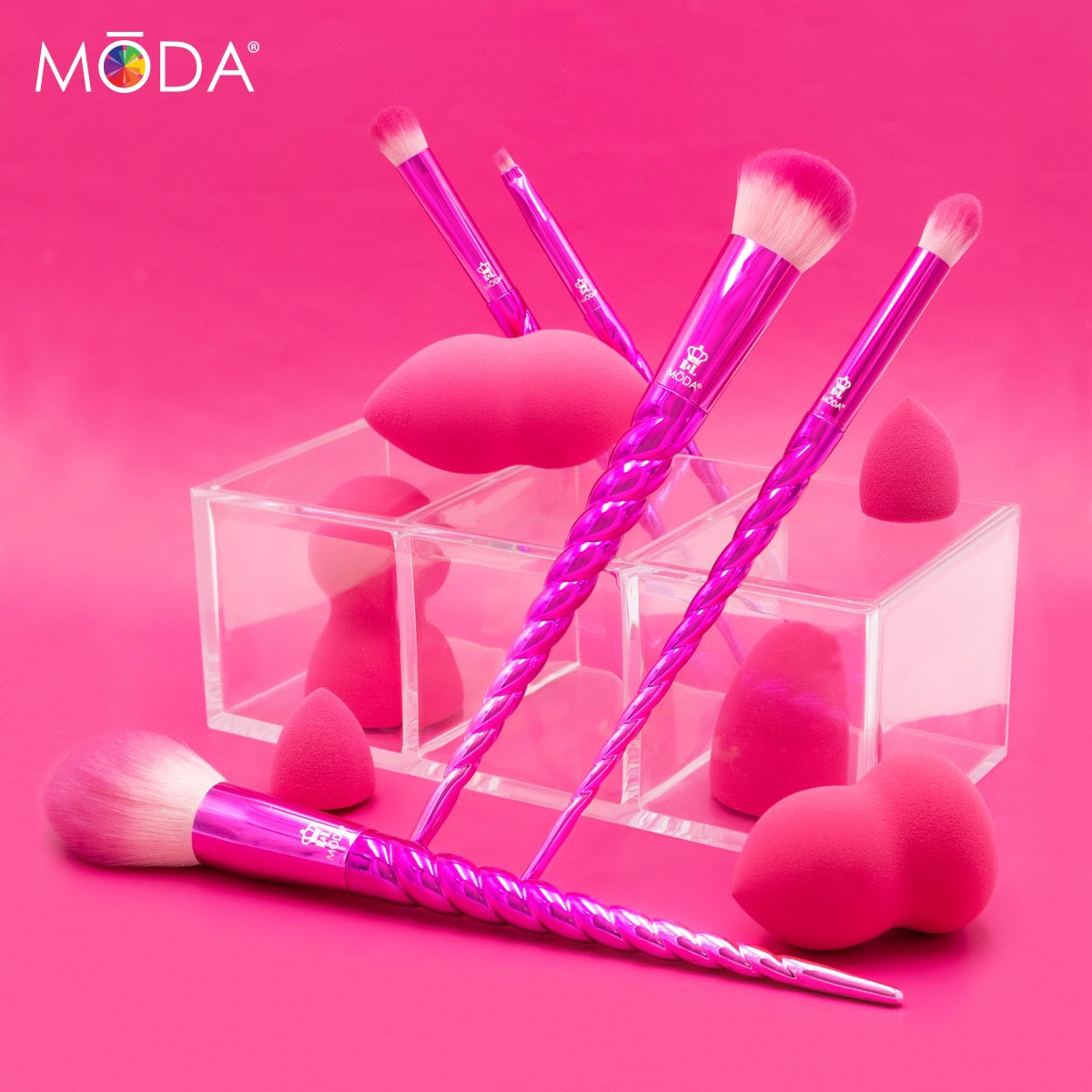 ⭐ MŌDA® ALL-STAR SALE ⭐ Make a #beautifullybold statement with the #ModaMythical collection and MŌDA® Magic Sponges by shopping select sets 50% OFF during our 24HR flash deal FEB. 5TH online — an ICONIC discount for our Mavens! Only at http://www.modabrush.com
