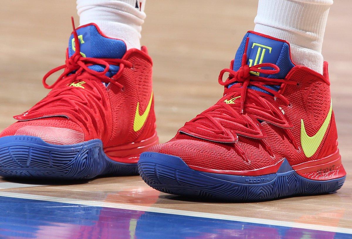custom Nike Kyrie 5 tonight! #NBAKicks