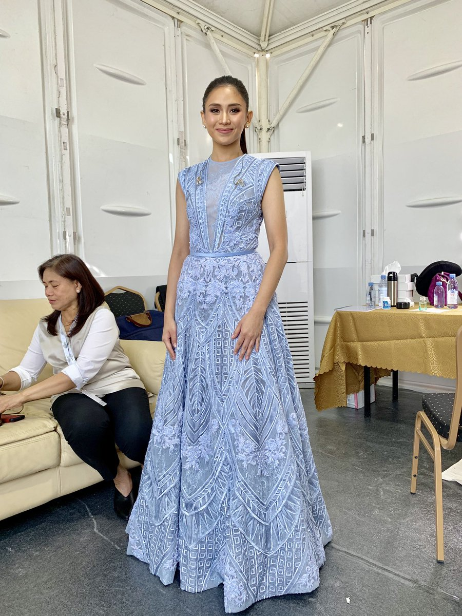 Second Look - Immaculate blue intricate gown with signature AMATO embroideries #SarahGAtThePapalVisitUAE #SarahGeronimo #popster #PopeFrancisInUAE <br>http://pic.twitter.com/mIStz9NSXB