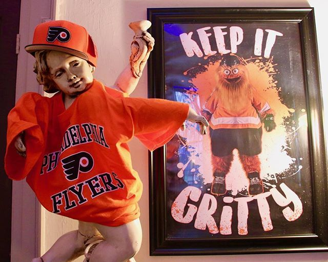 Don't look now, but the Flyers are on an 8 game winning streak. Keep it Gritty! 🏒 #gritty #flyers #flyershockey #philadelphiaflyers #hockey #sports #lemonhillmansion #philadelphia #philly #phillygram #phillymasters #phillyunknown #phillyprimeshots #h… http://bit.ly/2UHxrrL
