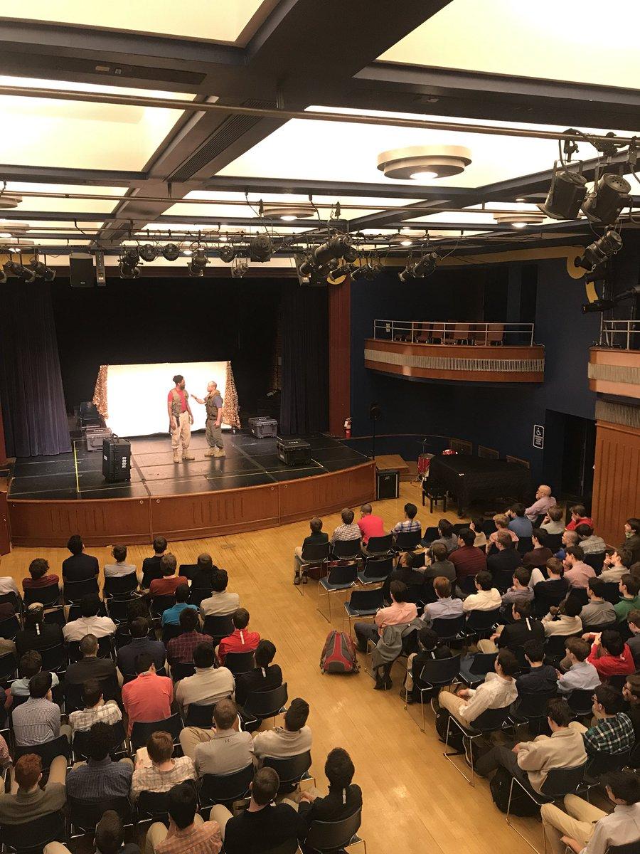 @TheActingCo presents Shakespeare's «Othello» to the Juniors today in @RegisHighSchool's auditorim!