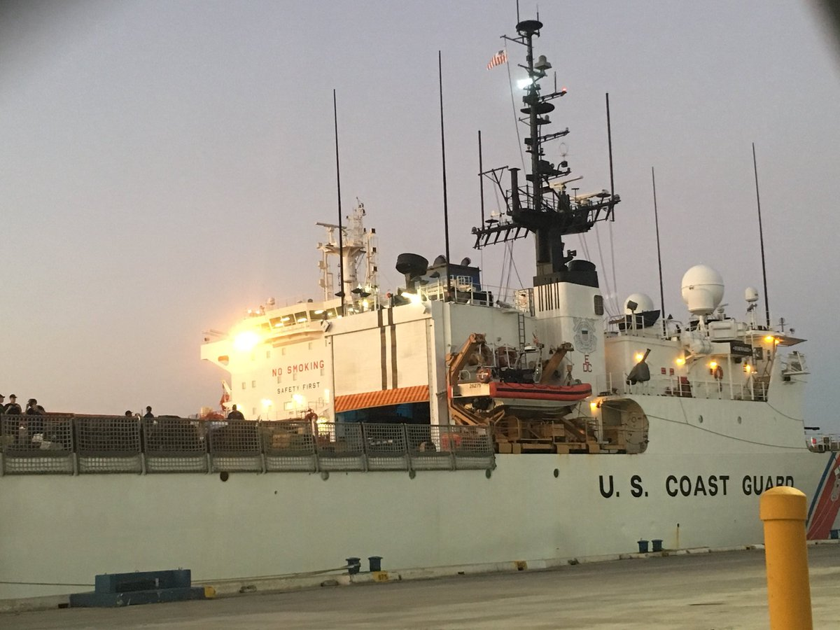 The @uscoastguard will offload 34,780 pounds of cocaine at Port Everglades in Fort Lauderdale today. The cocaine, worth $466 million, was seized in 21 separate drug busts off the eastern Pacific Ocean.