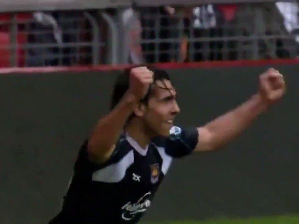 West Ham United's photo on Tevez