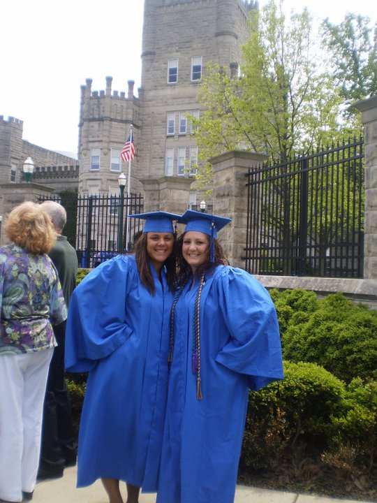 "Kayla is an @eiu alum who's starting @gradschooleiu soon: ""I describe #EIU to friends as ""Best Decision Ever!"" EIU is home away from home, particularly @BoothLibrary! I love that I made so many new friends that I can still call today. I loved how profs were always there to help!"""