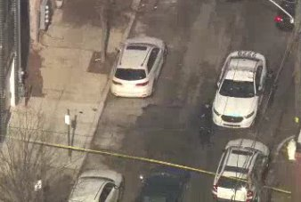#BREAKING: Skyfox over shooting 1200 block of North 30th Street. 18 year old man shot in right arm and stomach - in critical condition. #Brewerytown
