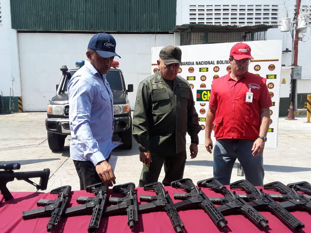 Maduro: Si algo me pasa, ¡retomen el poder y hagan una revolución más radical! - Página 6 Dyqq6KsWoAAjqQO