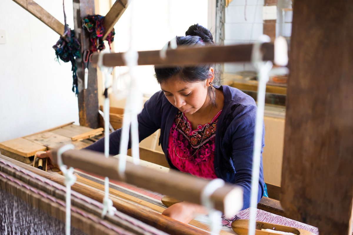 This season we are proud to feature hand-crafted accessories from @MercadoGlob. Learn more about the accessories brand and non-profit that empowers rural Latin American women to become entrepreneurs through weaving. http://bit.ly/2DUMJUI