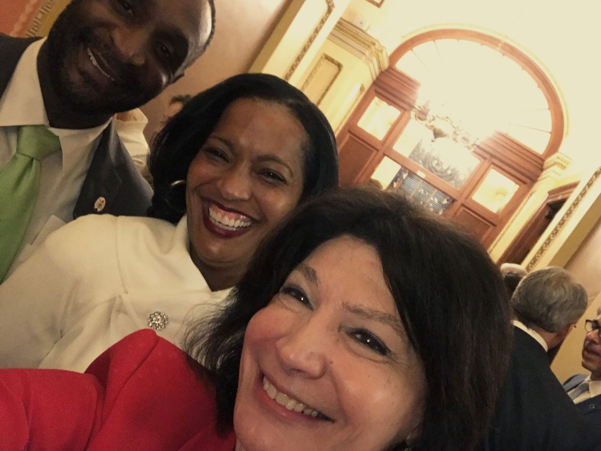 I may be biased, but being an educator, teacher of the year and @NEAToday member are amazing qualifications to be a champion for students (and our whole community) in Congress. That's why I smile every time I see @RepJahanaHayes  #SOTU #vote4ed