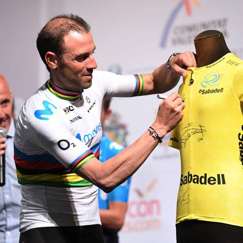e9c6f8189 World champion Alejandro Valverde (Movistar) and Tour de France winner  Geraint Thomas (Team