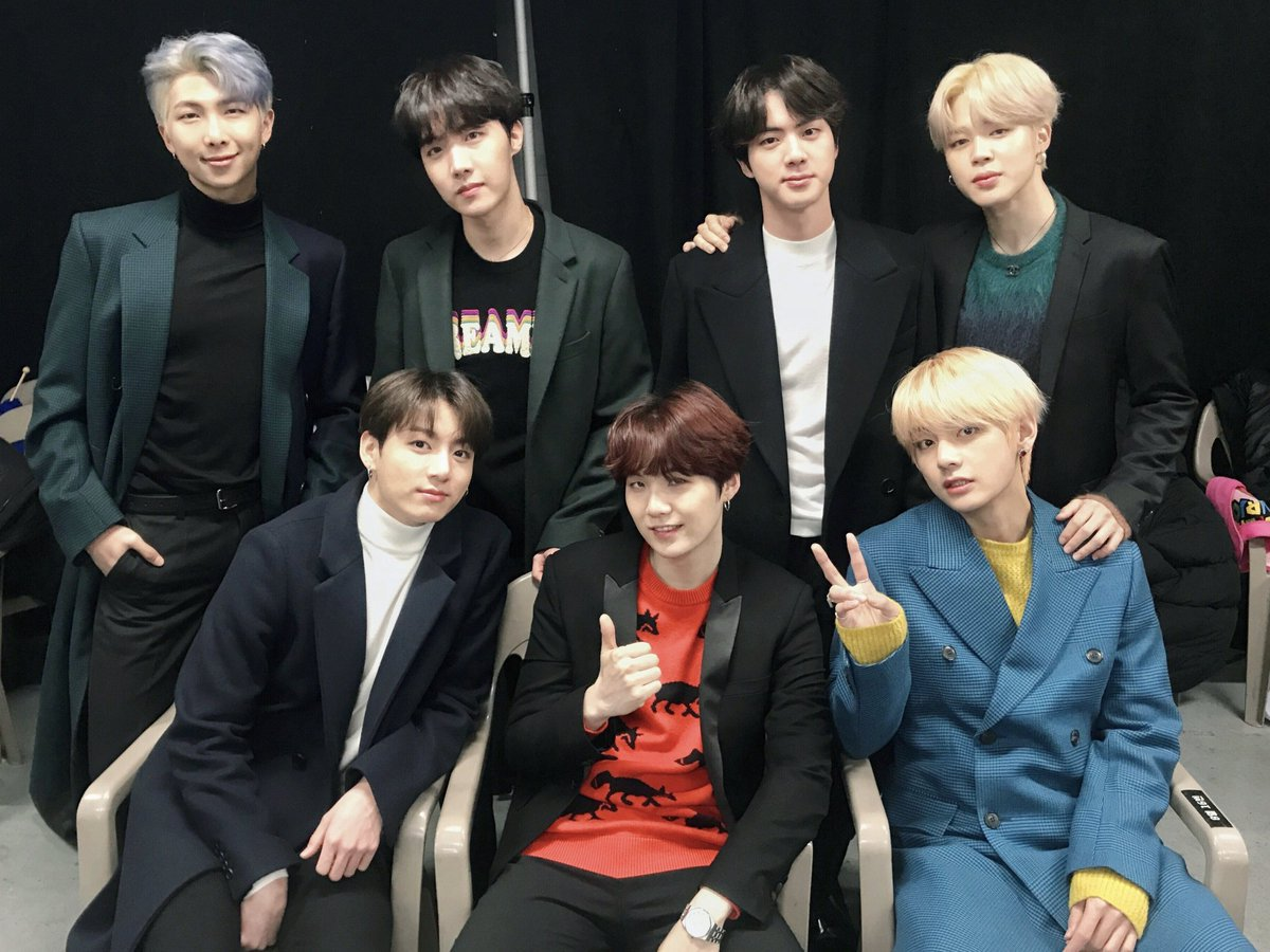 #BTS is going to be presenting at the #GRAMMYs on Sunday!