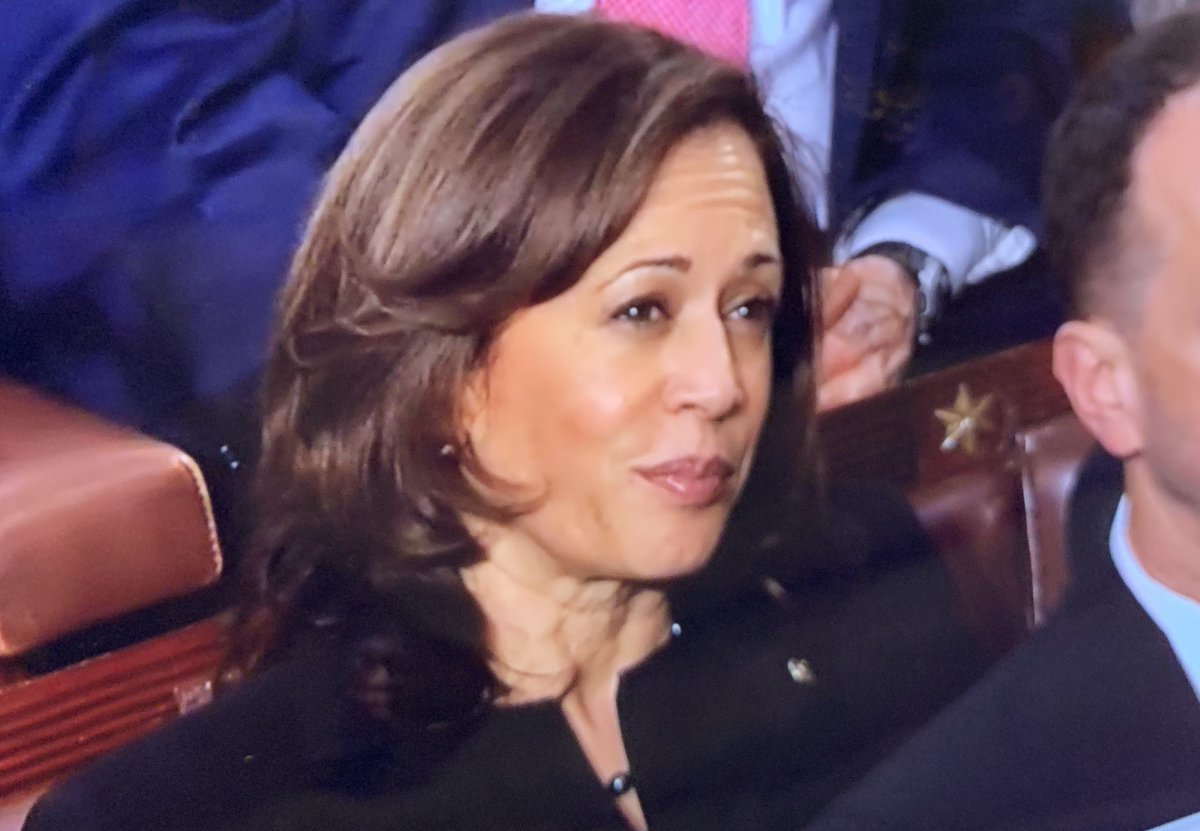 """This woman can't even applaud when the President calls to put """"the Coyotes, the Cartels and the human traffickers out of business.""""  America:  At least you now know that @KamalaHarris is not on your side."""