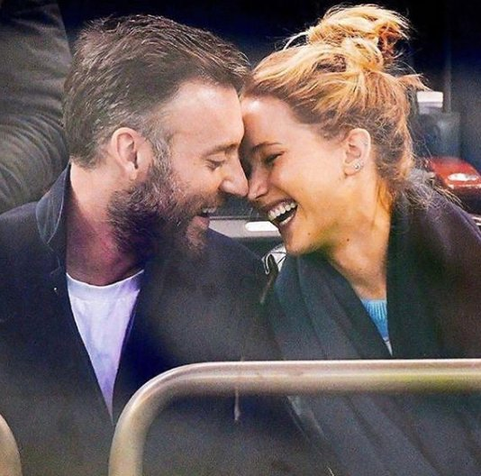 RT @UrbanAsian: #JenniferLawrence Engaged To #CookeMaroney   https://t.co/7h8SCLKlKY https://t.co/7EGcnBSWqe