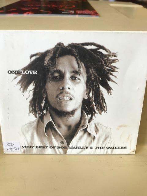 Happy birthday Bob Marley! Very Best of Bob Marley & the Wailers CD.1850