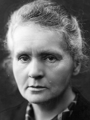"""Sabe quem recebeu dois prêmios Nobel? Marie Curie! O primeiro foi em 1903, devido sua pesquisa e descoberta dos elementos radiativos. O segundo foi em 1911, quando ela descobriu outros dois elementos: O """"Rádio"""" e  o """"Polônio"""". Marie Curie foi a primeira mulher a receber um Nobel https://t.co/6H2vxyTwCz"""
