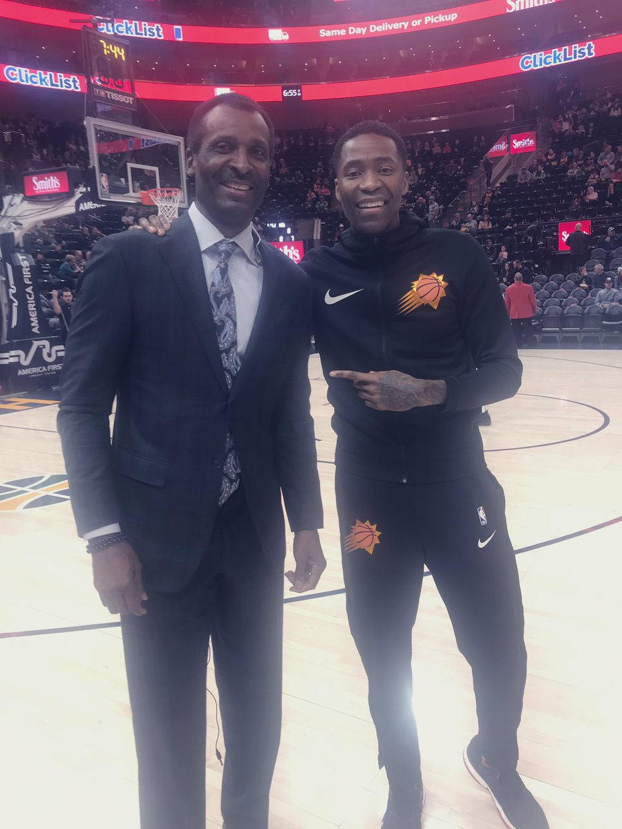 I am extremely excited for @JCrossover tonight. He will move past me on the NBA scoring list 19,202 and become the All Time leading scorer off the bench and to never make an All Star team, This man is straight class on and off the court!  @Suns